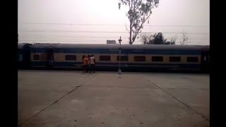12460 Amritsar New Delhi Exp Running late by 7 hrs Departure from BEAS with Attractive WAP-5