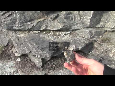 Visualizing Geology in the Field with Augmented Reality