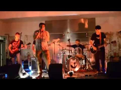 Heathrow - Chandelier (cover SIA) live@Mostrami Factory