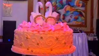 Свадебный торт Свадебные традиции Wedding cake ウェディングケーキ 婚礼蛋糕. كعكة الزفاف Hochzeitstorte