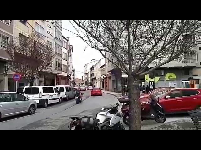 Méndez presenta a los vecinos el proyecto de peatonalización de la Praza da Milagrosa