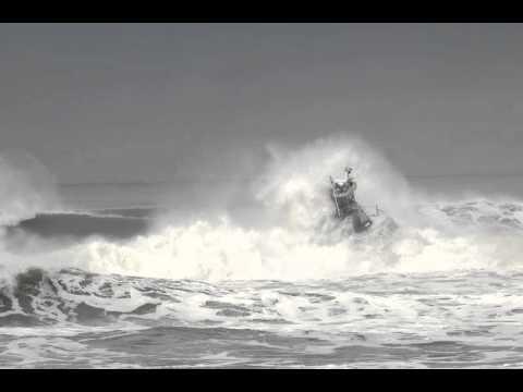 TRVphoto   Offshore Surf Drills