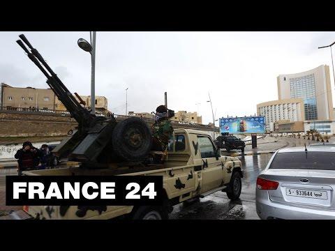 """Attaque meurtrière de l'EI à Tripoli : """"Les assaillants se sont fait exploser"""" - LIBYE"""