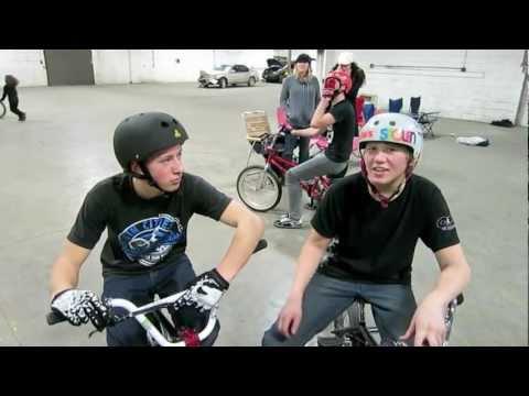 Health Alert: Cerebral Palsy Treatmentиз YouTube · Длительность: 1 мин38 с
