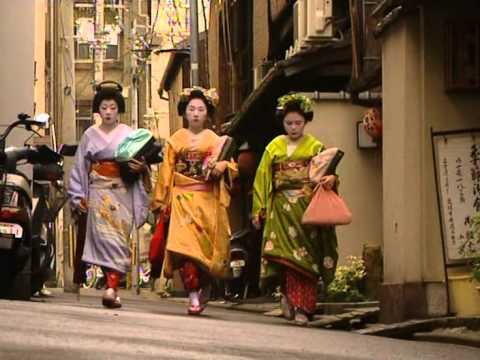 With you the life of geishas join. was