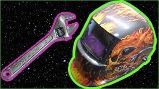 Ремонт сварочной маски хамелеон(На видео мы демонстрируем ремонт сварочной маски хамелеон, на примере маски-хамелеон Optech 777s. В данном случа..., 2016-10-03T16:11:37.000Z)