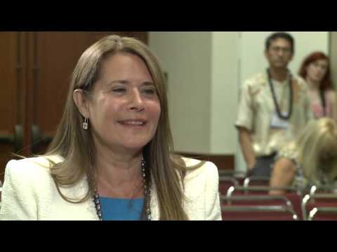 Actress Lorraine Bracco Special Guest 2011 APA Annual Meeting
