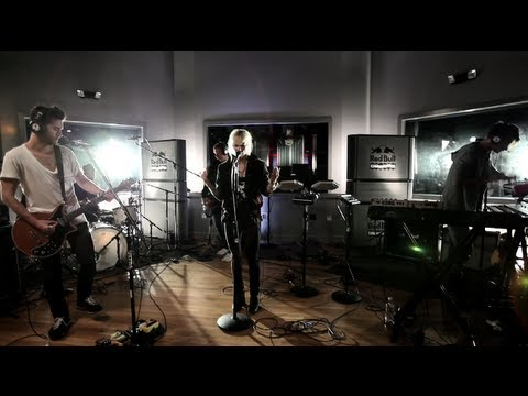 """The Sounds performs """"Better off Dead"""" LIVE at Red Bull Studio Sessions"""