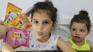 حلوى المفرقعات | طفلة تعلم الألوان مع حلويات | Learn Colors