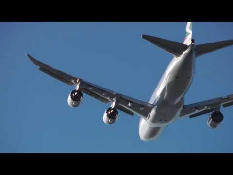 Cathay Pacific Boeing 747-800 Cargo, Qantas 747, Canada 777 Take off