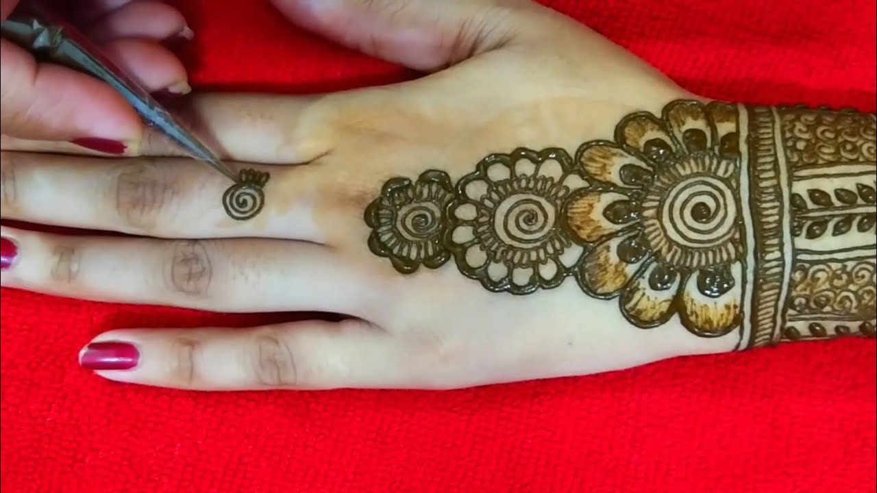 New 2019 mehndi design for back hand