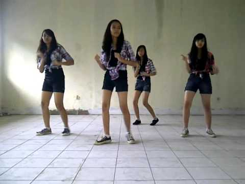 Dance Cover Blink - Dag Dig Dug By SHINING STAR