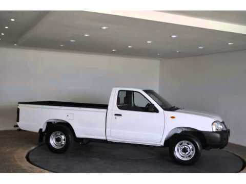2015 NISSAN HARDBODY NP300 2.0I P/U S/C Auto For Sale On Auto Trader South Africa