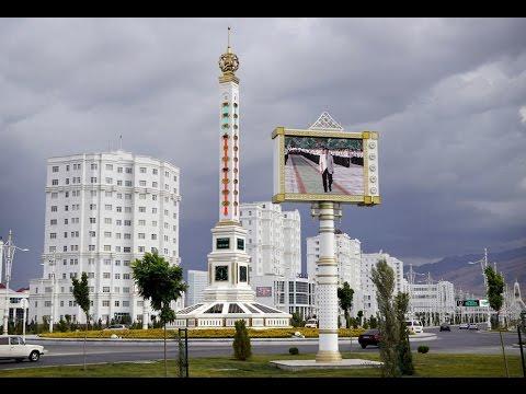 Turkmanistonning Ashxobod shahrida ajoyib arxitektura va haykallar