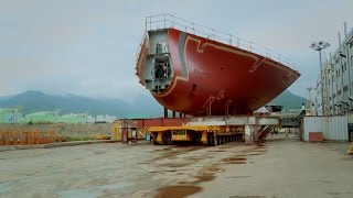 Need to Move Your 400-Ton Ship? Try This Giant Flatbed!