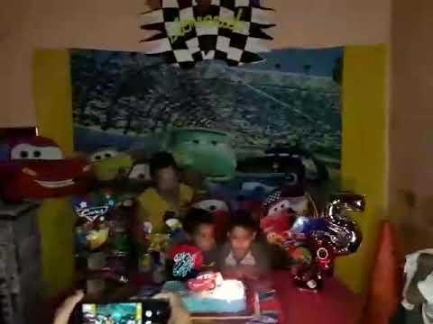 Víctor Alfonso En El Cumpleaños De Su Amigo 🎂🎁🎈🎊🙋🙋