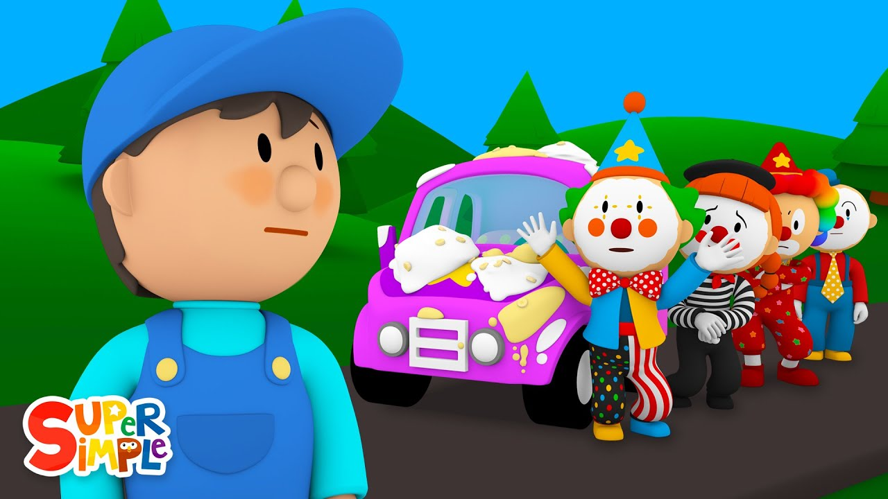 The Clown Car is Covered in Pie! | Carl's Car Wash