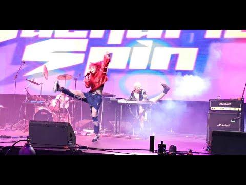 Gacharic Spin concert in Houston song Sekira Liar