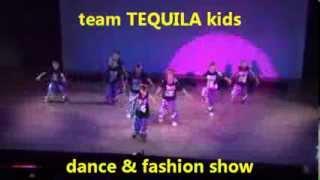 team TEQUILA kids ダンス&ファッションショー 蛍光ロゴBIGTシャツ&迷彩パンツ momo ナンバー キッズダンス衣装TSSHOUSE