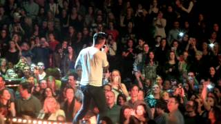 (fancam) Maroon 5 - Moves Like Jagger + Sugar {Verizon Center DC}