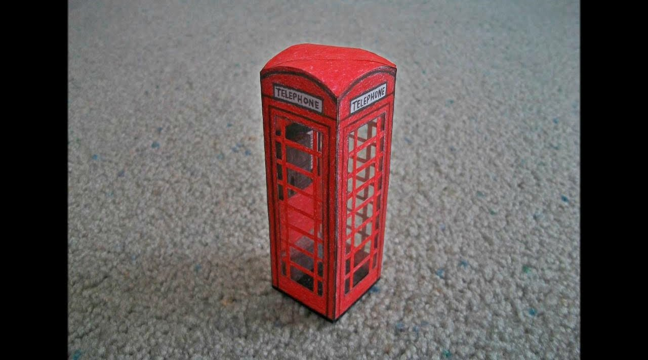 Papercraft Paper Model of a London Telephone Booth