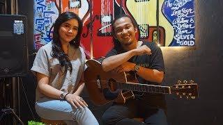 Sang Penggoda - Tata Janeeta feat Maia Estianty (Cover) by Anda Khalida & Kiki Acoustic