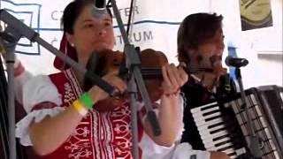 CZECH STREET FESTIVAL PAJTASI DULCIMER BAND.5 CZECH VIDEOS 66cats77.