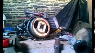 Démontage d'un moteur de peugeot 102