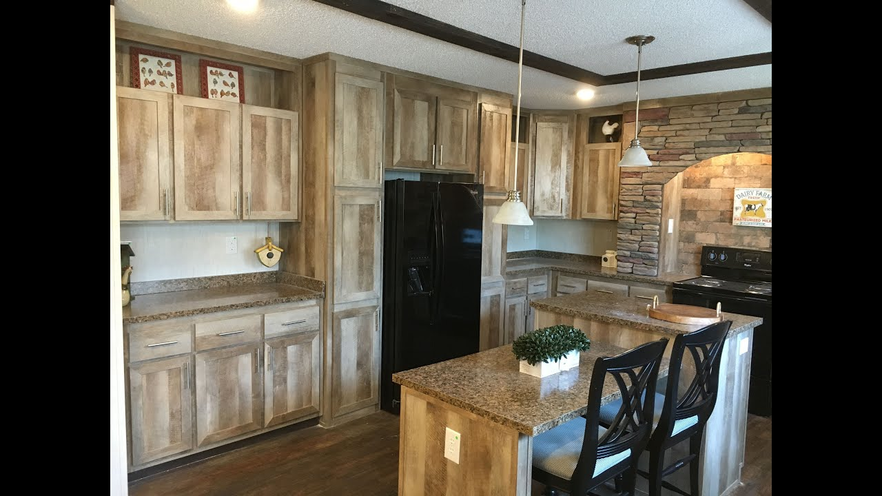 4 Bedroom And 2 Baths Of The Farmhouse A 4 Bedroom 2 Bath Manufactured Home Youtube