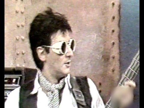 DIVIDIDOS - SABADO (inédito en vivo TV ATC), 1992.