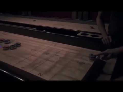 News team in Oslo: Introduction to Shuffleboard