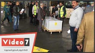 بالفيديو.. جثمان عمر عبد الرحمن يغادر مطار القاهرة الدولى