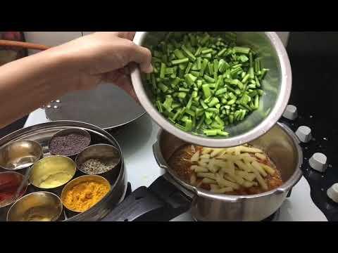 INDIAN DINNER ROUTINE / FRIDAY DINNER ROUTINE - KANDA BHAJI RECIPE  / Priya Vlogz