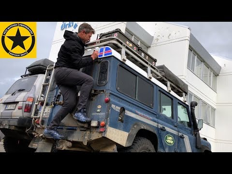 ART on ICELAND by RICHARD SCOTT live Painting LAND ROVER!