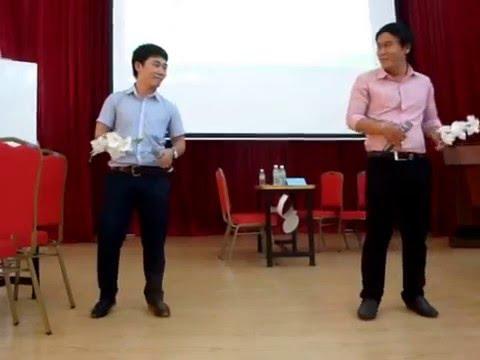Hai hotboy của tổ Toán ischool Nha Trang