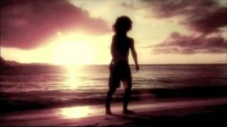 Chiudi gli occhi e ascolta. senti il tuo respiro crescere. soffio della vita che è in te. ora collegati ad ogni essere umano. del...