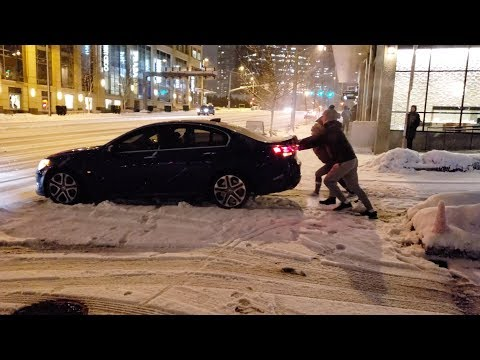 Seattle Snow 2019 Cars Sliding Backwards Down Icy Hill Blizzard Winter Storm Whiteout Conditions 4K