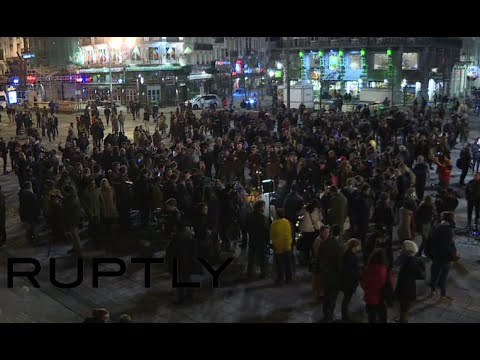 People pay tribute to Brussels attacks victims at Bourse Square [RECORDED LIVE]