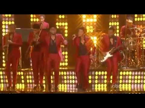 Bruno Mars - Treasure (Dj Claudio Vizu Remix)