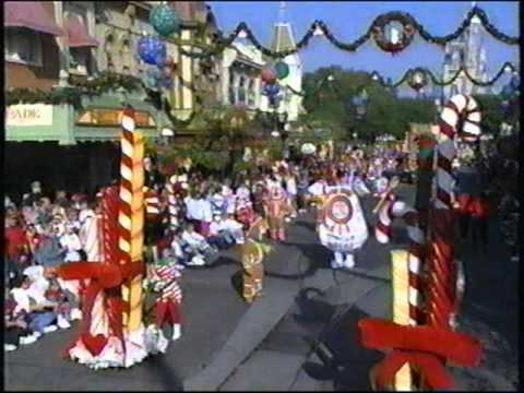 Disney World Parades Fantasy On Parade (Christmas) 1994 Part 3 ...