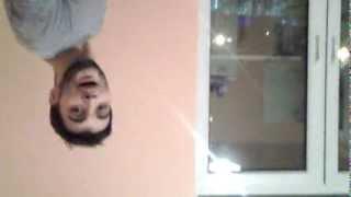 парень четко поет про бороду СМОТРЕТЬ ВСЕМ!!!!