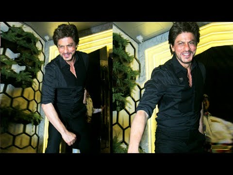 Thumbnail: Shahrukh Khan's FUN Moment With Photographers At Gauri Khan's Restaurant Launch