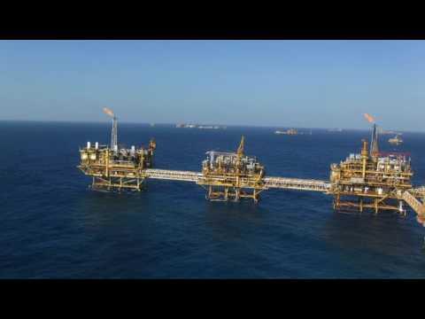 Plataforma Flotel ATLANTIS y Plataforma Petrolera Akal - Bravo (Gulf of Mexico)