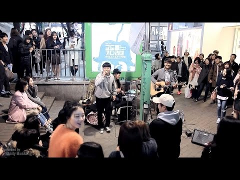 """Unbelievable Reaction and Voice: Maroon 5 """"Sunday Morning"""" Acoustic Live"""