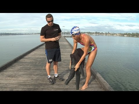 How To Fit Your Wetsuit Properly With Paul Newsome (And Janine!) From Swim Smooth