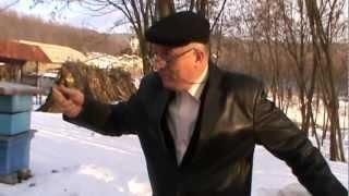 Repeat youtube video Iernatul stupinei Manastirii Tisa Silvestri in cei 50 de Bio Stupi si o idee de eficientizare