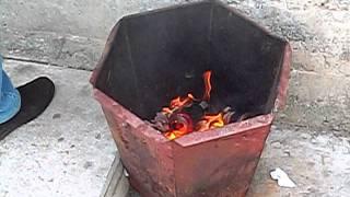 Пожар - банкомат город Лесной(Для mira15.ruОпять курение стало причиной дерзкого пожара в универсаме по улице мира 30, Самое главное чаловек..., 2011-07-23T14:14:35.000Z)