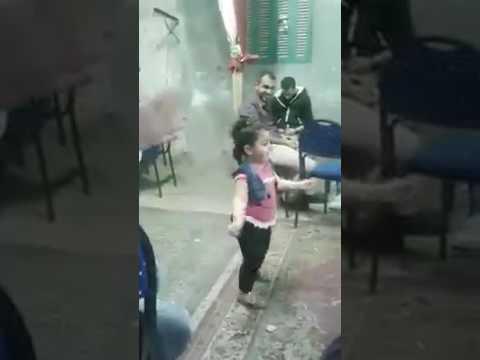 الطفله المعجزه التى غلبت صافينار فى الرقص thumbnail