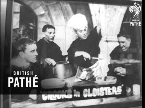 Warner-Pathe House Lights Up (1963)