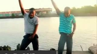 Azonto Dance - Chris Brown dances in his video, a Nigeria dance.